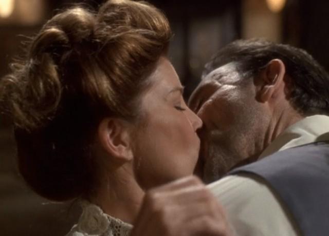 Katie OClare kiss