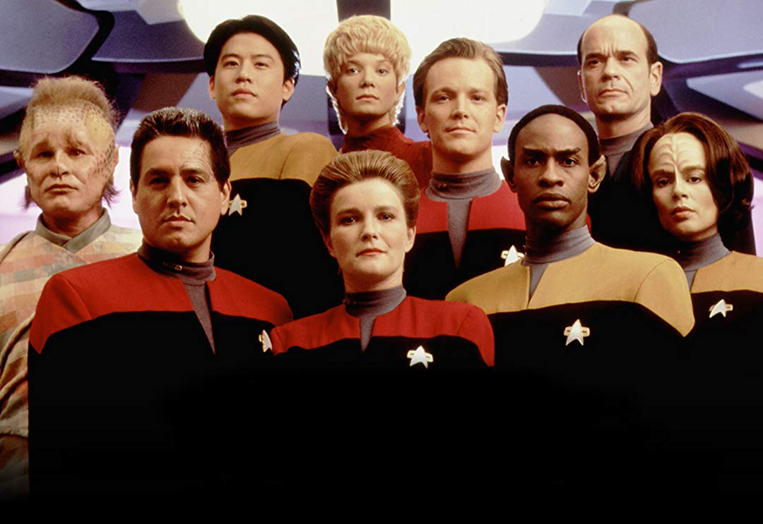 Star Trek Voyager cast photo